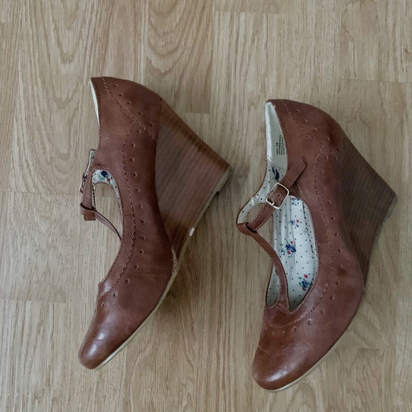 Restricted Shoes - Restricted T Strap Wedge Heels
